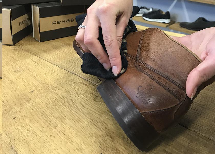 rehab leren schoenen onderhouden